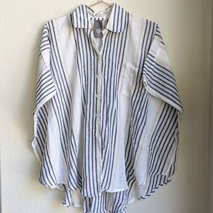 Vince Camuto One Size Cover up striped